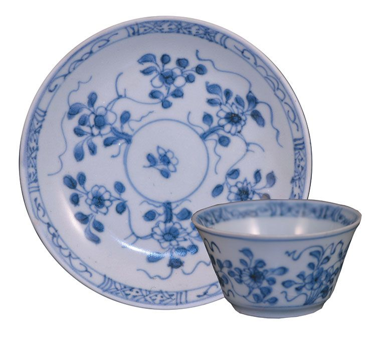 Ca Mau Radiating Flower Teabowl and Saucer